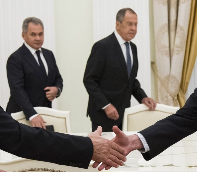 MOSCOW: TOP US, RUSSIAN DIPLOMATS TO MEET BEFORE SUMMIT