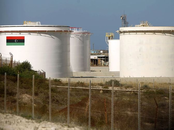 LIBYAN EASTERN OIL EXPORTS TO RESUME IN HOURS ON PORTS DEAL